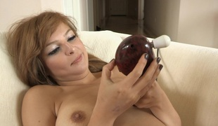 This babe turns not susceptible the powerful massager and lets it work the brush pussy