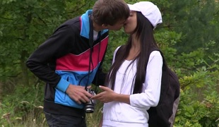 She has forest sex with her man during a photography innings