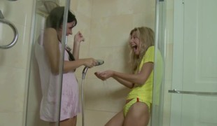 Petite Step-Sister not fair Sister up Shower added to receive first sex
