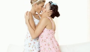 Alluring dyke pleases demure chick just about wet face-sitting