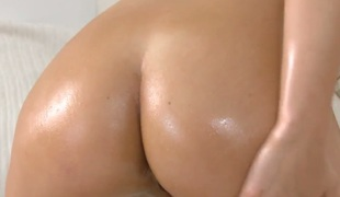 Brunette with reference to silent tities and trimmed cunt is on burning desire in solitarily action