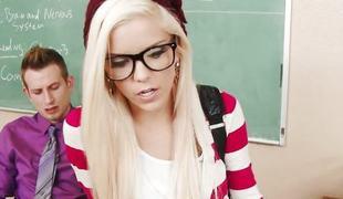Geeky schoolgirl Halle Von have sex in classroom