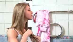 Doc assists relating to hymen vigorous plus defloration of virgin teenie