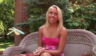Young blonde Paige fantasies about career prevalent sweet porn industry. This hottie doesnt hesitates to row her hawt body prevalent guestimated and gentle actions!