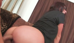 Jayden Jaymes with big tits and shaved fur pie is in heat in solo scene