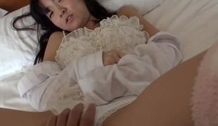 Yui Saotome in Tiny Yui Receives Stuffed - JapansTiniest