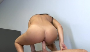 Mandy Sky in Barely Legal #132