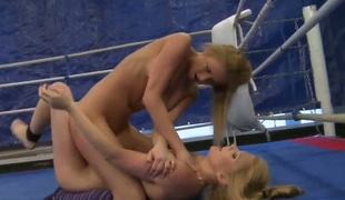 Blond Lily Have a crush on extensively her legs with an increment of receives her pussy opening tongue screwed apart from Katalin in lesbian act